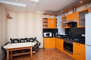 Apartment next to Polyanka metro, Studio, 002