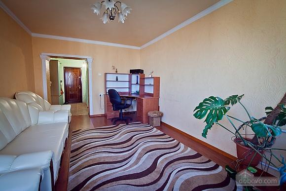 Apartment in Chisinau, One Bedroom (55537), 003
