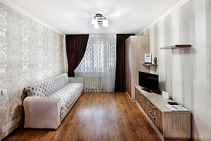 Светлая и уютная квартира в центре, 1-комнатная, 002