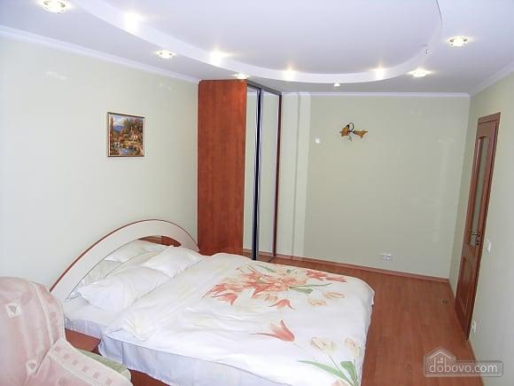 Нова сучасна квартира з усім необхідним, 1-кімнатна (72320), 001