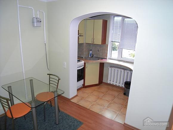 Нова сучасна квартира з усім необхідним, 1-кімнатна (72320), 005