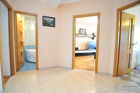 Хороша квартира в центрі, 2-кімнатна (82724), 006