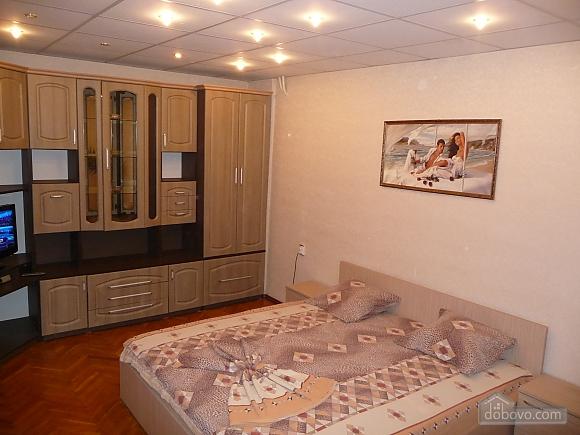 Квартира напротив Тираспольского рынка, 1-комнатная (38504), 001