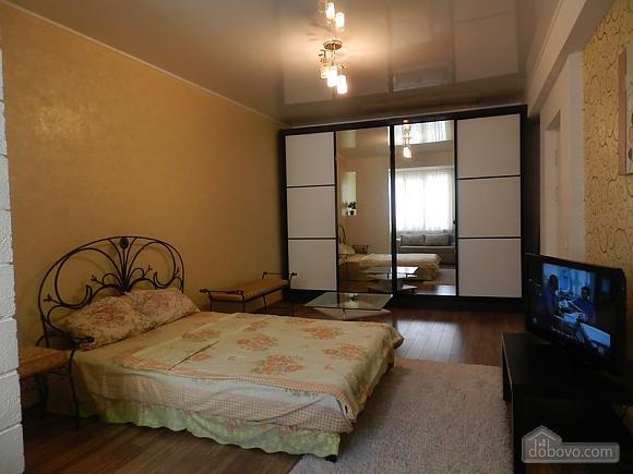 Розкішна квартира в самому центрі, 1-кімнатна (94239), 001