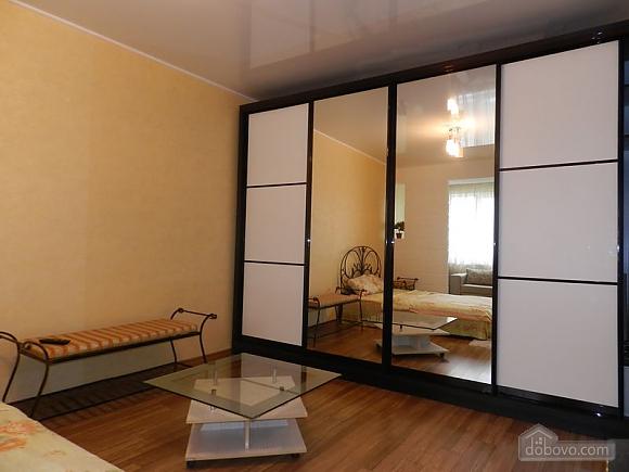 Розкішна квартира в самому центрі, 1-кімнатна (94239), 004