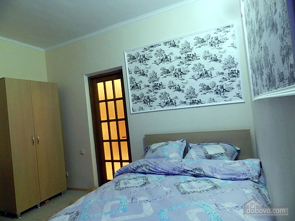 Отдельный номер в апарт - отеле, 1-комнатная (96483), 004