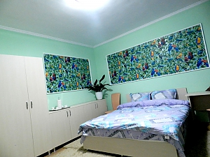 Suite in apart-hotel with common toilet and kitchen, Monolocale, 001