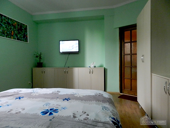 Suite in apart-hotel with common toilet and kitchen, Monolocale (77273), 003