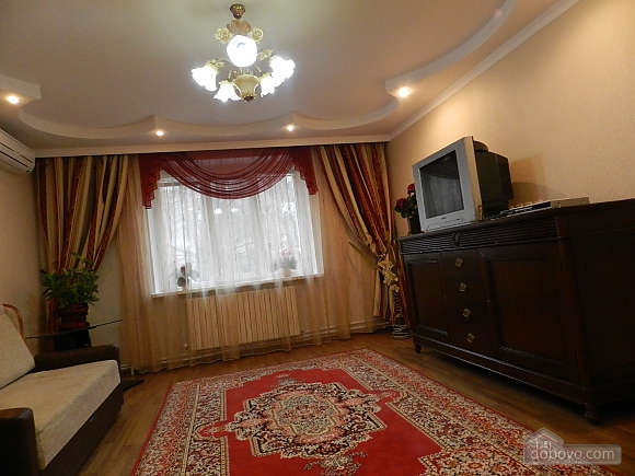 In the historical center of Chisinau, Two Bedroom (89734), 002