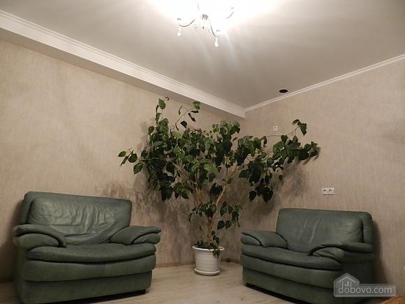 Апартаменты в центре, 1-комнатная (25221), 008