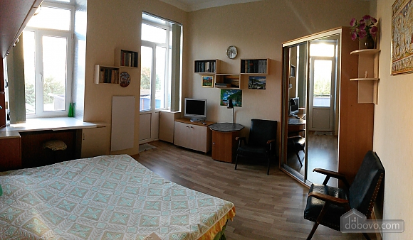 Apartment in the center, Studio (75951), 002