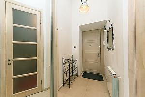 The apartment is near Olimpiiska station, Monolocale, 006