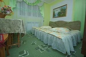 Suite in the house in shades of green, Monolocale, 001