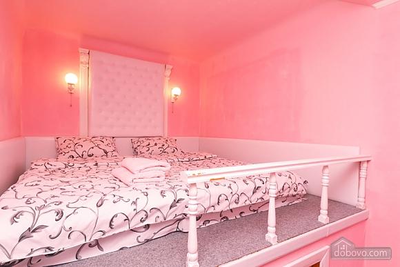 Квартира в самом центре Киева, 2х-комнатная (78993), 001