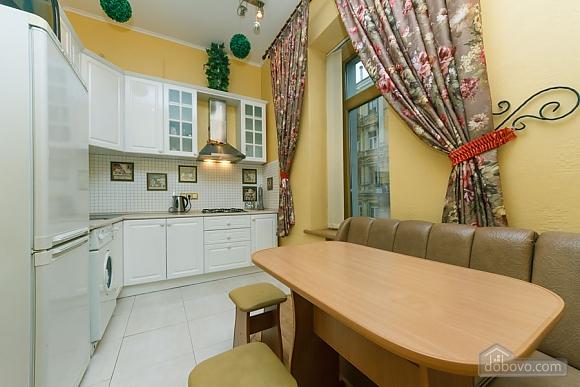 Квартира в самом центре Киева, 2х-комнатная (78993), 013