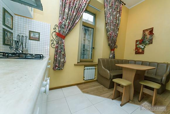 Квартира в самом центре Киева, 2х-комнатная (78993), 017