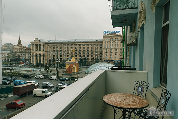 Квартира в самом центре Киева, 2х-комнатная (78993), 021