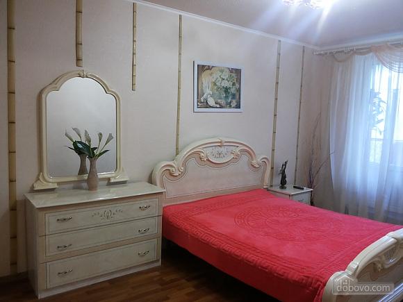 Квартира с авторским дизайном, 1-комнатная (61892), 001