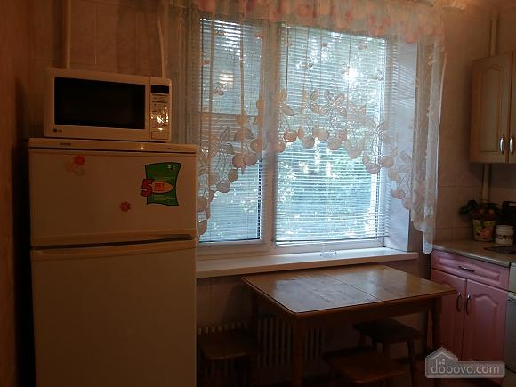 Квартира с авторским дизайном, 1-комнатная (61892), 003