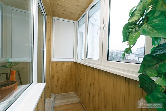 Квартира з високим та широким ліжком, 1-кімнатна (14639), 005