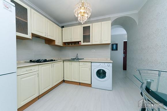 Квартира з високим та широким ліжком, 1-кімнатна (14639), 008
