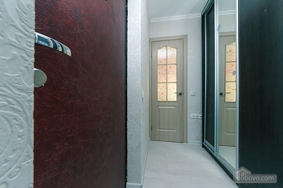 Квартира з високим та широким ліжком, 1-кімнатна (14639), 009