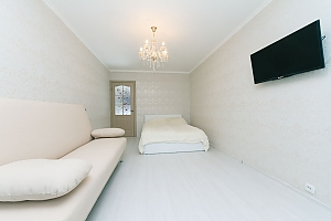Apartment with high and wide bed, Monolocale, 001