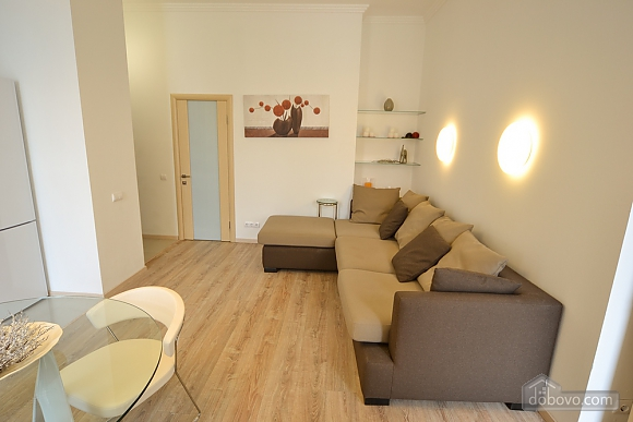 Sunny and spacious apartment in the center, Una Camera (21655), 003