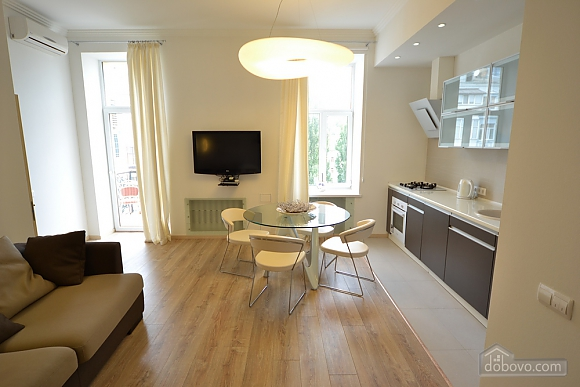 Sunny and spacious apartment in the center, Una Camera (21655), 004