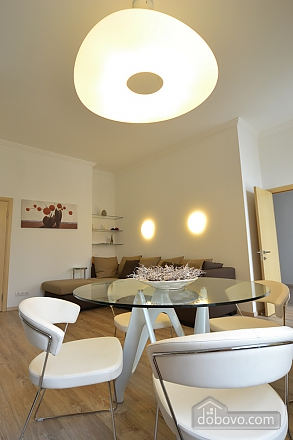 Sunny and spacious apartment in the center, Una Camera (21655), 008