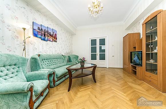 Просторная квартира на Крещатике, 2х-комнатная (18172), 004
