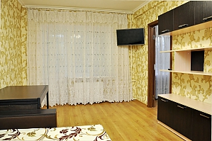 Apartment near to Kievo-Pecherska Lavra, Zweizimmerwohnung, 001