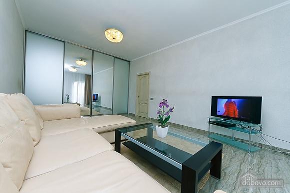 Апартаменты в самом центре Киева, 2х-комнатная (72640), 001