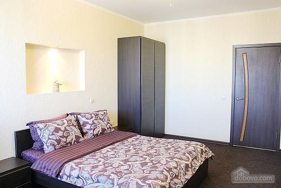 Big apartment near to Poznyaky metro station, Una Camera (72211), 002