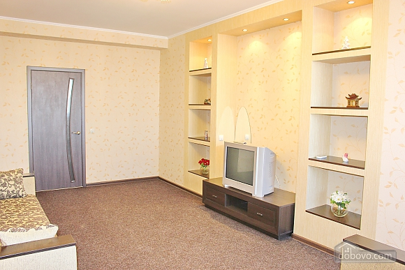 Big apartment near to Poznyaky metro station, Una Camera (72211), 006