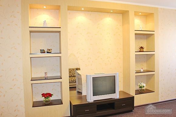 Большая квартира в шаге от метро Позняки, 2х-комнатная (72211), 007