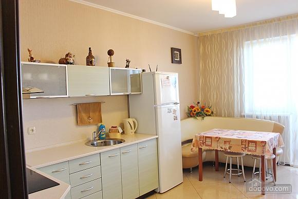 Big apartment near to Poznyaky metro station, Una Camera (72211), 008