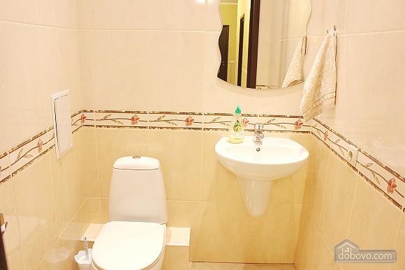 Большая квартира в шаге от метро Позняки, 2х-комнатная (72211), 017