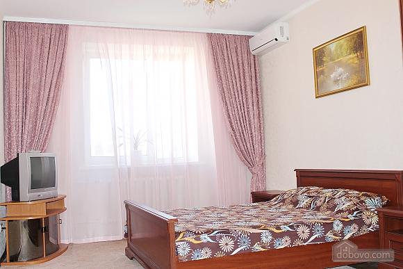 Big apartment near to Kharkivska station, Due Camere (63367), 006