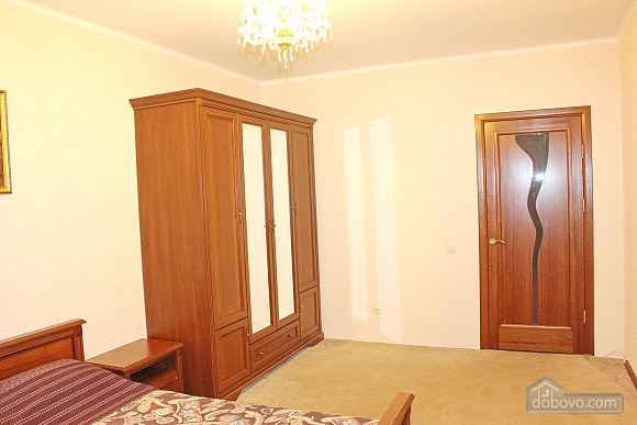 Big apartment near to Kharkivska station, Due Camere (63367), 007