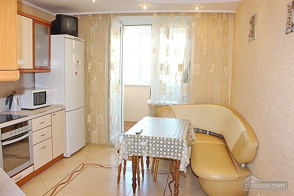 Big apartment near to Kharkivska station, Due Camere (63367), 008