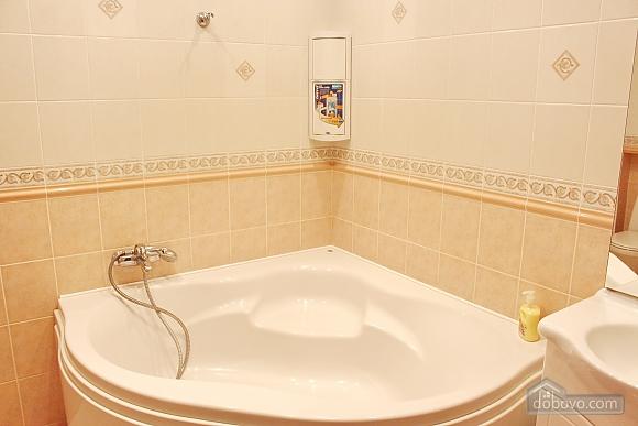 Big apartment near to Kharkivska station, Due Camere (63367), 012