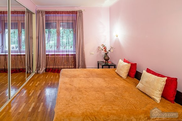 Простора та сучасна квартира, 3-кімнатна (54165), 002