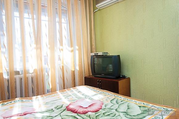 Уютная квартира в центре возле метро Печерская, 2х-комнатная (48309), 007
