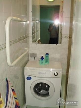 Квартира обустроена всем необходимым, 1-комнатная (53764), 008