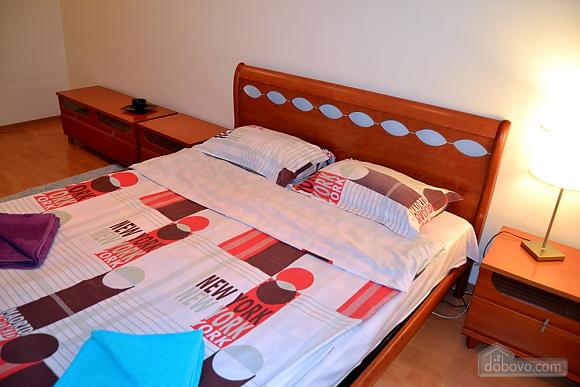 Квартира на Бессарабській площі, 2-кімнатна (76544), 005
