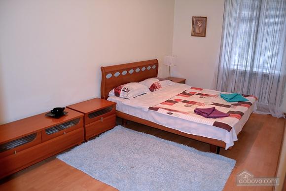 Квартира на Бессарабській площі, 2-кімнатна (76544), 009