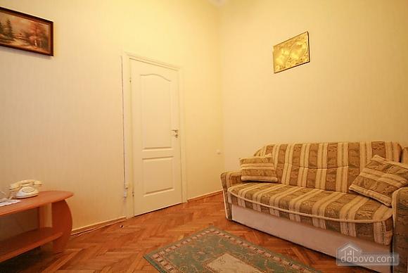 Квартира в центрі біля університету, 1-кімнатна (32039), 004