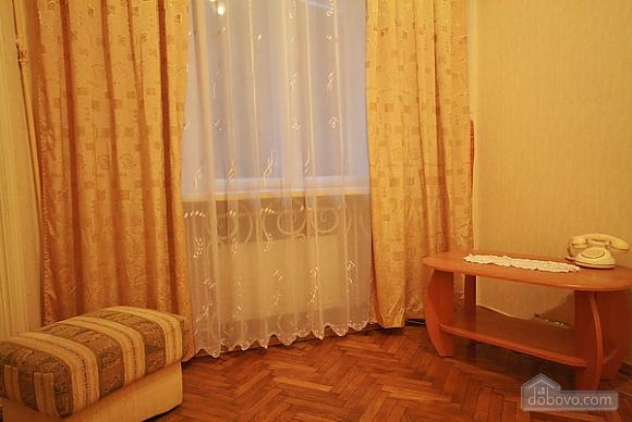 Квартира в центрі біля університету, 1-кімнатна (32039), 003