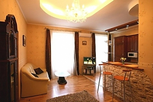 Квартира в зоні Стрийського парку, 3-кімнатна, 001
